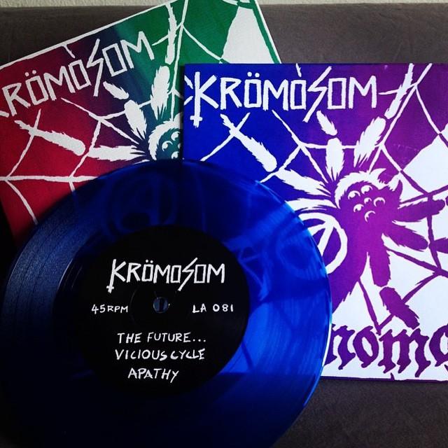 Kromosom/Nomad split 7″ Out Now